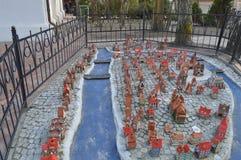 Orienteringen av den gamla staden är uppsättningen i parkera royaltyfria bilder