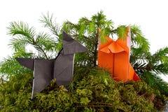 Origami狼和狐狸 免版税库存图片