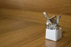 Origami, σύνολο εγγράφου contaner των καραμελών σε έναν ξύλινο πίνακα Στοκ φωτογραφίες με δικαίωμα ελεύθερης χρήσης