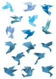 Origami纸风格化蓝色飞鸟 免版税库存图片