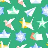 Origami bezszwowy wz?r z p?askimi ikonami Papierowi ?urawie, ptak, ??d?, p?askiego wektoru ilustracje Barwiona tło zieleń ilustracja wektor