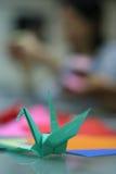 Origami dans la forme d'oiseau Images stock