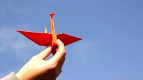 Origami, de kunst van origami stock video