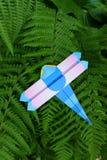 Origami - drakefluga Fotografering för Bildbyråer
