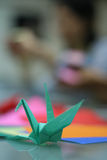 Origami en dimensión de una variable del pájaro imagenes de archivo