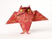 Origami Eule getrennt auf Weiß Lizenzfreies Stockfoto