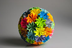 Origami kusudama Regenbogen Lizenzfreies Stockbild