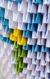 Origami med papper i lodlinje Royaltyfri Bild