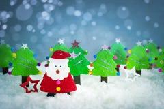 origami, Natale Santa ed albero di Natale realistici con la copia Immagini Stock