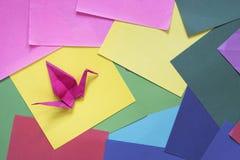 Origami på ett färgrikt papper Arkivbild