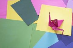 Origami på ett färgrikt papper Royaltyfria Foton