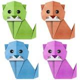 Origami Papercraft réutilisé par chat Images libres de droits
