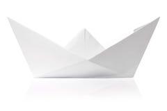Origami papieru statek odizolowywający Fotografia Royalty Free