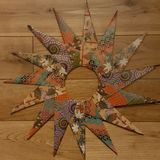 Origami Stern/Kranz mit 15 Punkten Lizenzfreies Stockbild