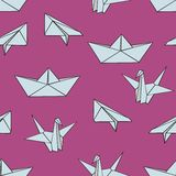 Origami. Vector seamless pattern with origami figures on a pink background for design and decoration. Of textiles, wallpaper, children`s clothing, covers Royalty Free Stock Photos
