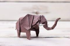 Origamimodell för elefant 3D royaltyfri bild