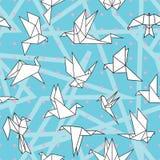 Origamin skyler över brister fåglar vektor illustrationer