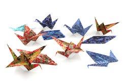 Origamin skyler över brister fåglar Royaltyfri Bild
