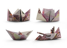 Origamischiffe von fünfhundert Eurobanknoten Stockfoto