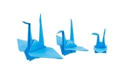 Origamivogel op witte achtergrond wordt geïsoleerd die Royalty-vrije Stock Afbeeldingen