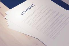 Originais do contrato: Conceito do negócio, ainda vida Imagens de Stock