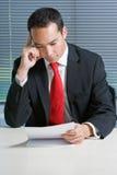 Originais euro-asiáticos espertos da consultação do homem de negócio Foto de Stock Royalty Free