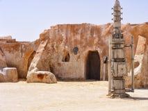 Original- filmlandskap för Star Wars - Mos Espa, Tatooine royaltyfria bilder