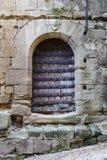 Original- medeltida dörrar av staden av Briones Spanien Fotografering för Bildbyråer