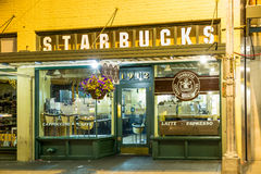 Original Starbucks store at 1912 Pike Place Stock Images