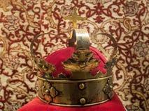 Original, vieille couronne plaquée or Images stock