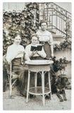 originele uitstekende foto Portret van drie rijpe vrouwen Oude pict Stock Afbeeldingen
