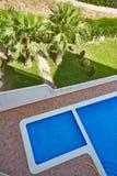 Orihuela Spanien Juni 09, 2016: Lägenheter och villa för turister nära havet Royaltyfria Foton