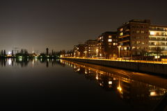 Orilla de Berlín Rummelsburg en la noche Fotos de archivo