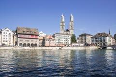 Orilla de Limmat en Zurich Foto de archivo