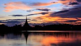 Orilla del lago de KaenNaKorn Imágenes de archivo libres de regalías
