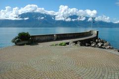 Orilla del lago Geneve en Vevey en Suiza Foto de archivo libre de regalías