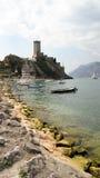 Orilla del lago italiana Fotos de archivo
