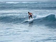 Orilla del norte que practica surf Fotografía de archivo