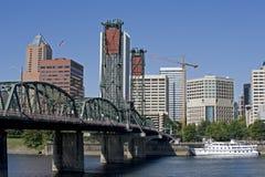 Orilla del río de Portland Oregon Fotos de archivo