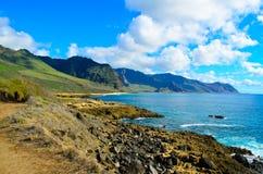 Orilla del sur rocosa Oahu Fotografía de archivo libre de regalías