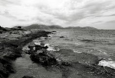 Orilla rocosa Foto de archivo libre de regalías