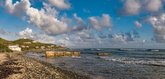 Orilla ventosa de la bahía Fotos de archivo