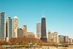 Orilla y Milton Lee Olive Park del lago en Chicago Imagenes de archivo