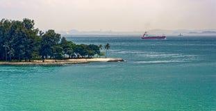 Orillas de la isla de Subar Darat, Singapur Imagen de archivo