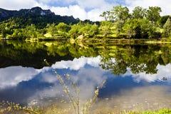 Orillas del lago santa Margarita foto de archivo