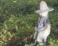 Orinare divertente del ragazzo della statua Immagini Stock Libere da Diritti