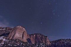 Orion über La Ventana natürlichem Bogen Stockfotos