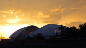 Orizzontale panoramico di 16:9 di tramonto dell'arena di Soci Fisht Immagine Stock Libera da Diritti