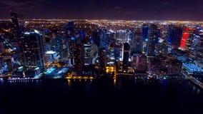Orizzonte aereo del centro di notte di Miami Fotografia Stock