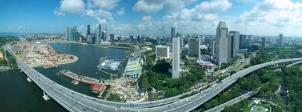 Orizzonte & autostrada senza pedaggio di Singapore fotografie stock